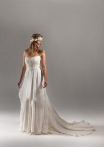 abito da sposa etico e eco sostenible in chiffon e pizzo di cotone
